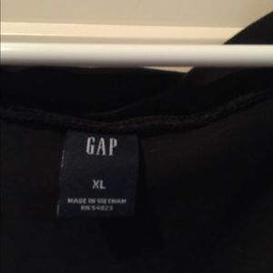 Three GAP XL tops,